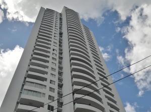 Apartamento En Alquiler En Panama, San Francisco, Panama, PA RAH: 17-240