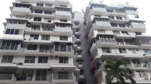 Apartamento En Alquiler En Panama, Bellavista, Panama, PA RAH: 17-247