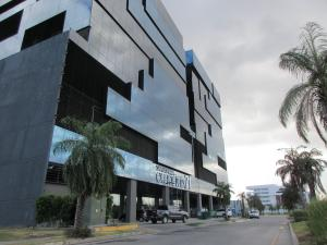 Local Comercial En Alquiler En Panama, Santa Maria, Panama, PA RAH: 17-293