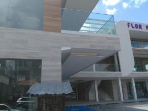 Local Comercial En Alquiler En Panama, Bellavista, Panama, PA RAH: 17-453