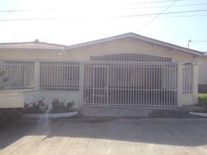 Casa En Alquiler En La Chorrera, Chorrera, Panama, PA RAH: 17-470