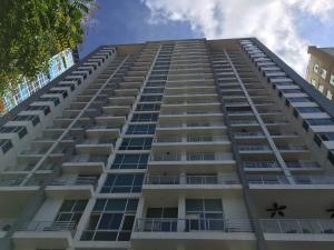 Apartamento En Alquiler En Panama, El Cangrejo, Panama, PA RAH: 17-557