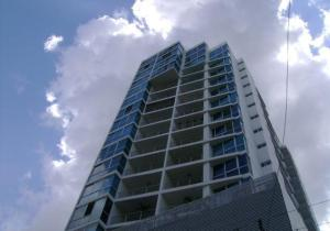 Apartamento En Alquiler En Panama, El Cangrejo, Panama, PA RAH: 17-642