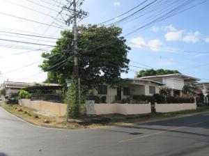 Casa En Venta En Panama, San Francisco, Panama, PA RAH: 17-733