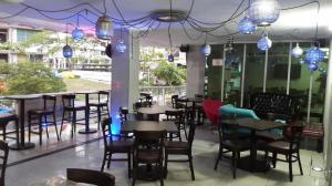Consultorio En Venta En Panama, El Cangrejo, Panama, PA RAH: 17-737