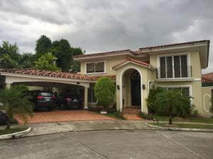Casa En Venta En Panama, Costa Del Este, Panama, PA RAH: 17-753