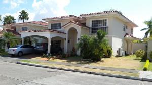 Casa En Venta En Panama, Costa Del Este, Panama, PA RAH: 17-761