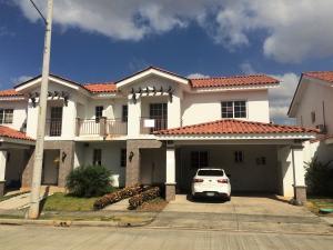 Casa En Venta En Panama, Versalles, Panama, PA RAH: 17-771