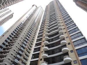 Apartamento En Alquiler En Panama, San Francisco, Panama, PA RAH: 17-802