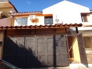 Casa En Alquiler En Panama, Altos De Panama, Panama, PA RAH: 17-833