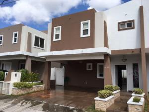 Casa En Venta En Panama, Brisas Del Golf, Panama, PA RAH: 17-881