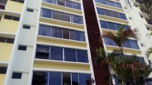 Apartamento En Alquiler En Panama, El Cangrejo, Panama, PA RAH: 17-936