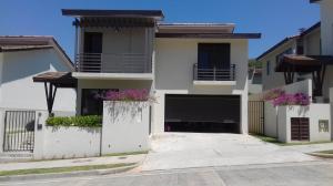 Casa En Alquiler En Panama, Panama Pacifico, Panama, PA RAH: 17-945