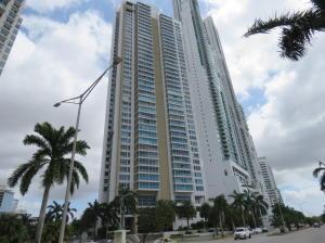 Apartamento En Alquiler En Panama, Costa Del Este, Panama, PA RAH: 17-1029