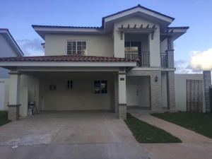 Casa En Venta En Panama, Versalles, Panama, PA RAH: 17-1037