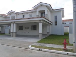 Casa En Venta En Panama, Versalles, Panama, PA RAH: 17-1039