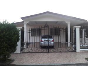 Casa En Alquiler En Panama, Brisas Del Golf, Panama, PA RAH: 17-1090
