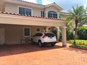 Casa En Venta En Panama, Costa Del Este, Panama, PA RAH: 17-1167