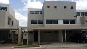 Casa En Venta En Panama, Costa Sur, Panama, PA RAH: 17-1215