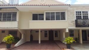 Casa En Venta En Panama, El Carmen, Panama, PA RAH: 17-1224