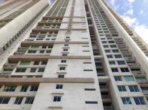 Apartamento En Alquiler En Panama, Costa Del Este, Panama, PA RAH: 17-1239