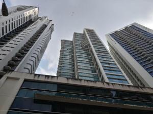 Apartamento En Alquiler En Panama, Avenida Balboa, Panama, PA RAH: 17-1284