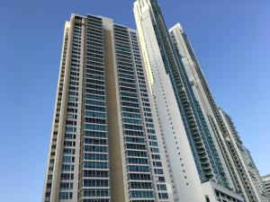 Apartamento En Venta En Panama, Costa Del Este, Panama, PA RAH: 17-1295