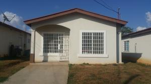 Casa En Alquiler En La Chorrera, Chorrera, Panama, PA RAH: 17-1322