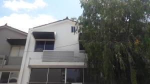 Casa En Venta En Panama, Obarrio, Panama, PA RAH: 17-1509