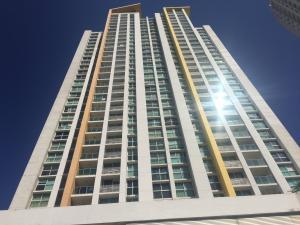 Apartamento En Alquiler En Panama, Condado Del Rey, Panama, PA RAH: 17-1535