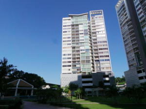 Apartamento En Venta En Panama, Transistmica, Panama, PA RAH: 17-1588