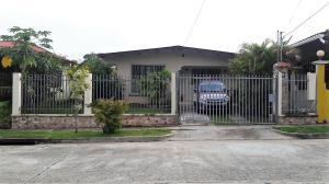 Casa En Ventaen Panama Oeste, Arraijan, Panama, PA RAH: 17-1680