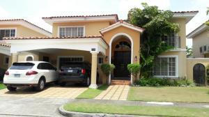 Casa En Alquiler En Panama, Costa Del Este, Panama, PA RAH: 17-1740