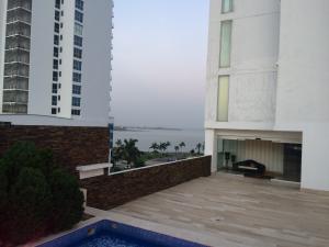 Apartamento En Alquiler En Panama, Bellavista, Panama, PA RAH: 17-1741
