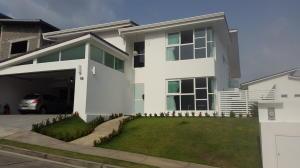 Casa En Venta En Panama, Condado Del Rey, Panama, PA RAH: 17-1747