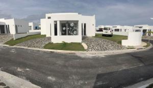 Casa En Alquiler En Chame, Sora, Panama, PA RAH: 17-1825