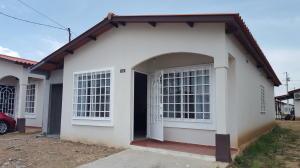 Casa En Alquiler En Panama, Tocumen, Panama, PA RAH: 17-1841