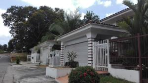 Casa En Alquiler En Panama, Diablo, Panama, PA RAH: 17-1848