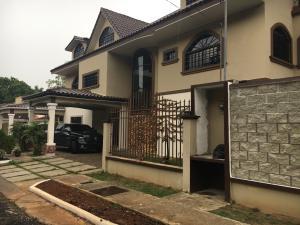 Casa En Alquiler En Panama, Ancon, Panama, PA RAH: 17-1911
