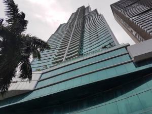 Apartamento En Alquiler En Panama, Costa Del Este, Panama, PA RAH: 17-1954