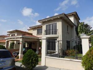 Casa En Alquiler En Panama, Ancon, Panama, PA RAH: 17-2042