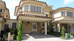 Casa En Alquiler En Panama, Condado Del Rey, Panama, PA RAH: 17-2061