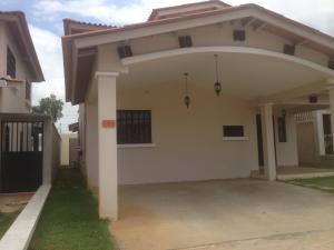 Casa En Venta En La Chorrera, Chorrera, Panama, PA RAH: 17-2083