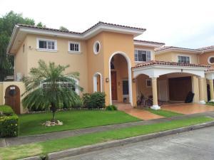 Apartamento En Alquiler En Panama, Costa Del Este, Panama, PA RAH: 17-2102