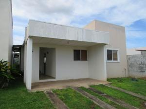 Casa En Alquiler En La Chorrera, Chorrera, Panama, PA RAH: 17-2259