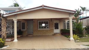 Casa En Alquiler En Panama, Brisas Del Golf, Panama, PA RAH: 17-2366