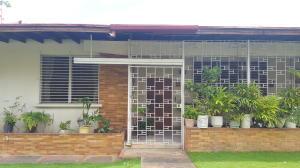 Casa En Venta En Panama, San Francisco, Panama, PA RAH: 17-2426