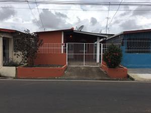 Casa En Venta En Arraijan, Vista Alegre, Panama, PA RAH: 17-2466