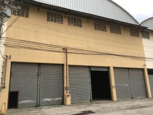 Galera En Alquiler En Colón, Colon, Panama, PA RAH: 17-2493
