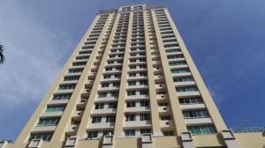 Apartamento En Alquiler En Panama, San Francisco, Panama, PA RAH: 17-2507